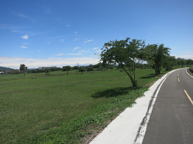 IMG_0238.JPG - 107.06.17-大漢溪左右岸自行車道O行騎