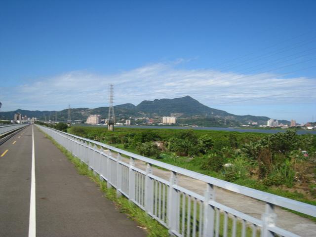 IMG_0163.JPG - 107.11.25-觀音山單車