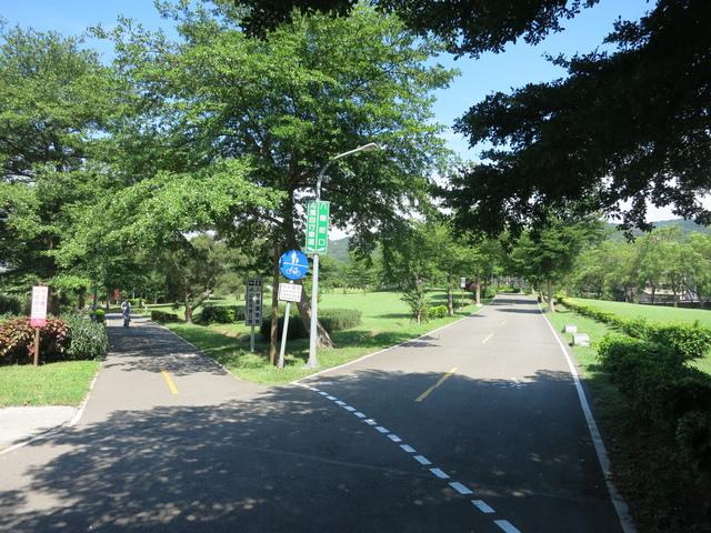 IMG_0220.JPG - 107.06.17-大漢溪左右岸自行車道O行騎
