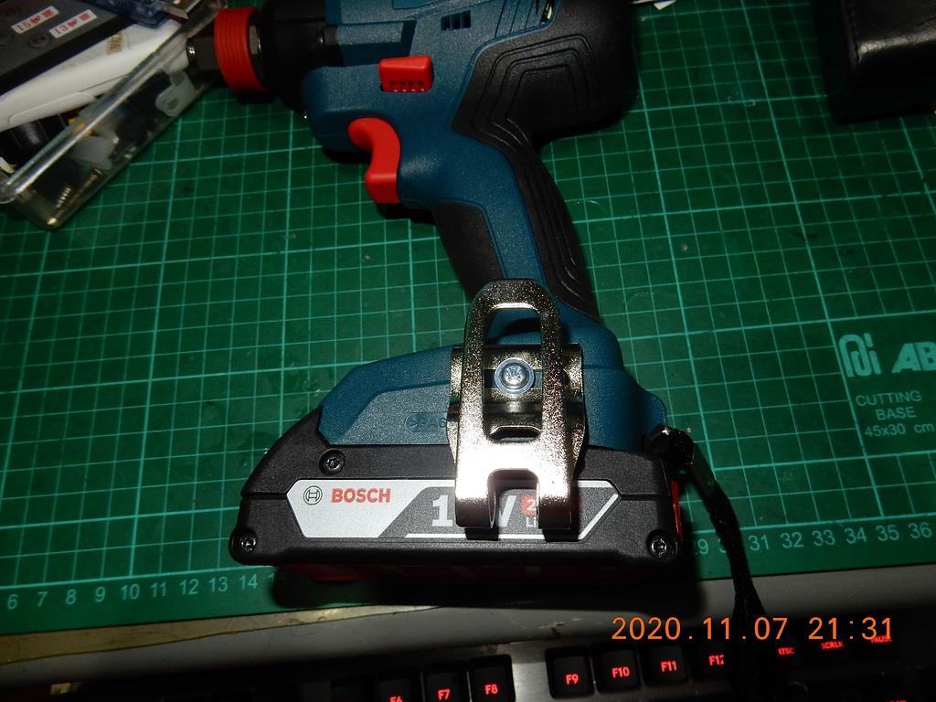 雙11的新玩具BOSCH GDX180-LI衝擊板手開箱6952