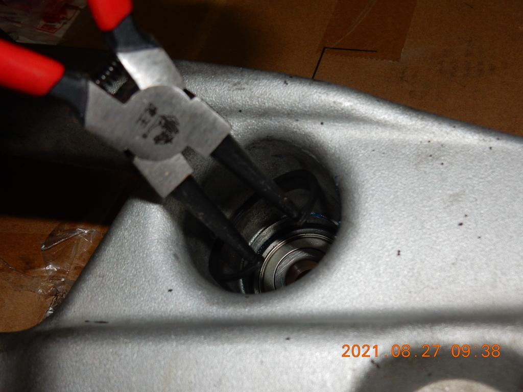 JET搖臂(排骨)更換油封軸承2700