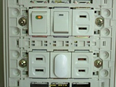 DIY從配電箱擴充一條電腦週邊用的電力(據危險性):B39.jpg