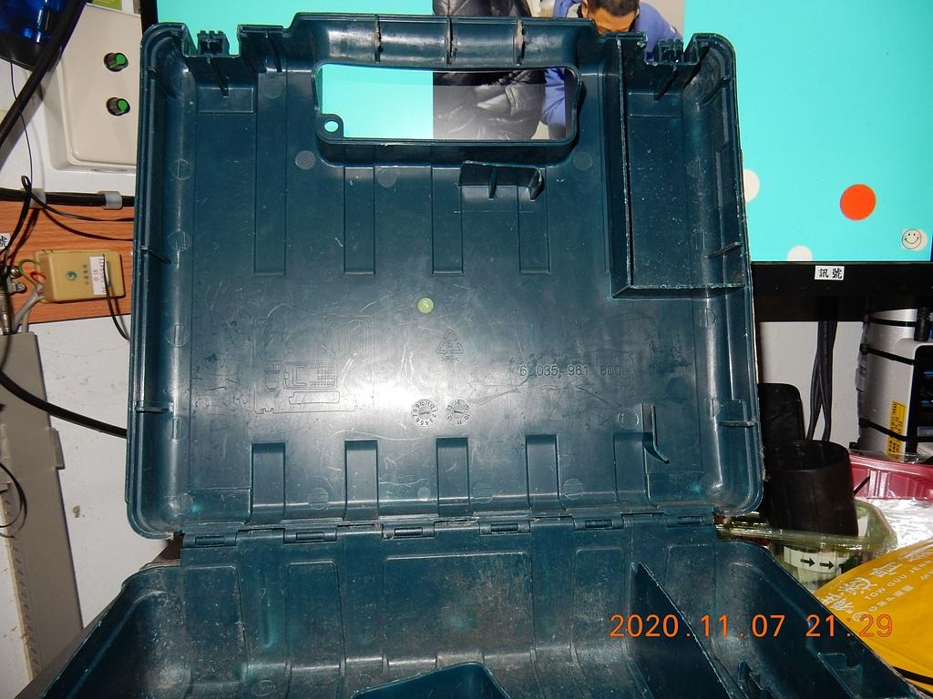 雙11的新玩具BOSCH GDX180-LI衝擊板手開箱6476