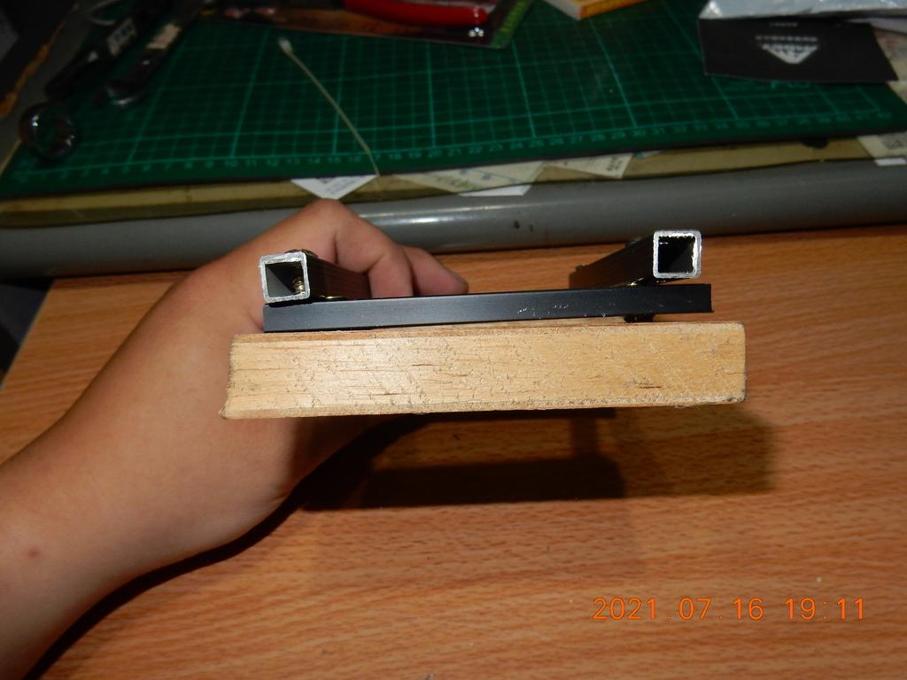 自製拆解輪框軸承之拔輪器不夠長解決方法5924