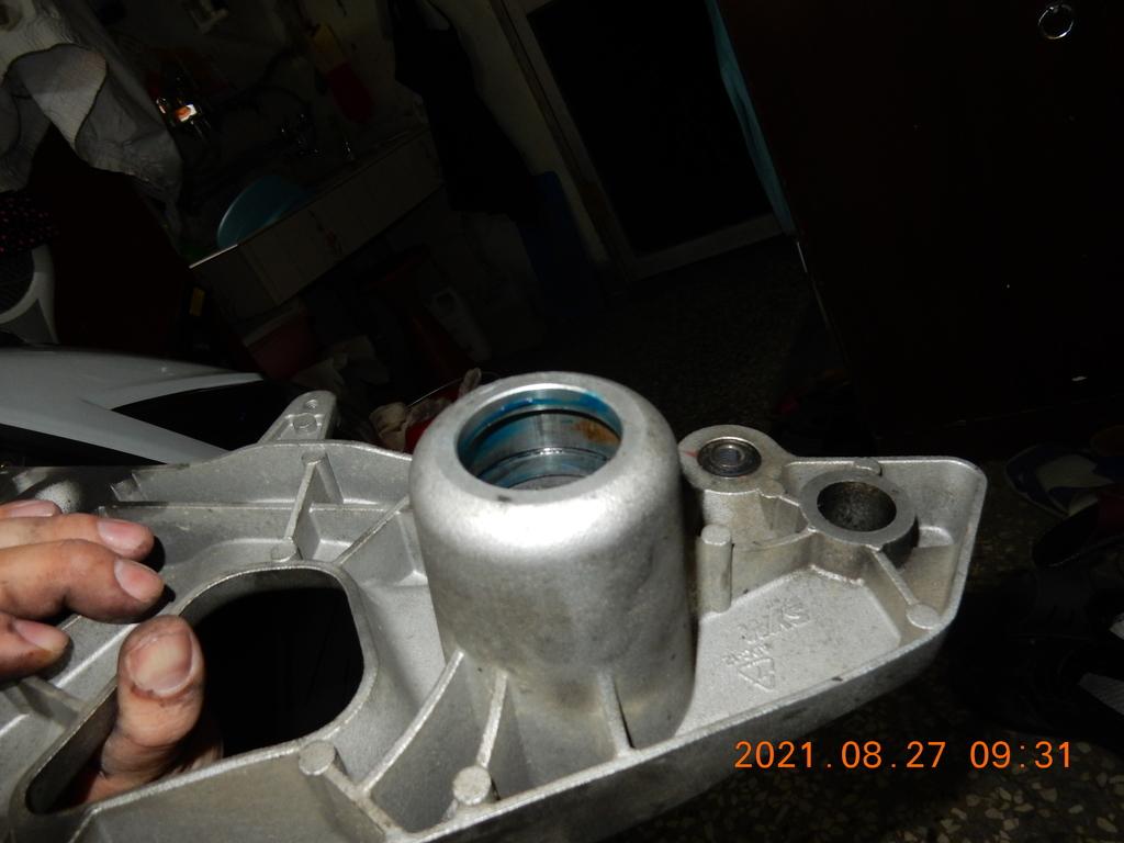 JET搖臂(排骨)更換油封軸承2549