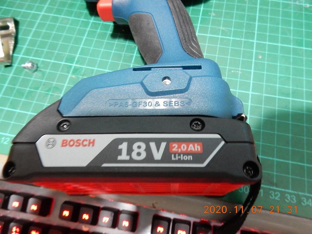 雙11的新玩具BOSCH GDX180-LI衝擊板手開箱3481
