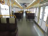 日本27天遊(在奈良的日子):JR西日本大阪環状線・大和路線クモハ220-8(車内)-第1張.JPG