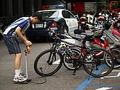 98福山單車之旅:只好寄放在「烏來分駐所」