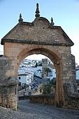 葡萄牙、西班牙之旅 5:05-010龍達(Ronda)-舊城區-菲力普五世拱門.jpg