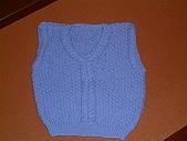 毛線成品:藍色背心