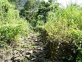 20051029沙溪大社環線:路面被沖刮出一條大水溝