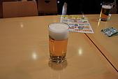 07.11.16.北海道.Asahi:看完啤酒生產的影片介紹後,可以免費試喝啤酒