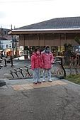07.11.13.北海道.支笏湖:天氣太冷所以小妹妹們都帶了口罩