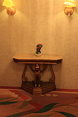 07.11.14.北海道.太陽宮殿:房外走廊的擺設