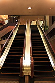 07.11.14.北海道.太陽宮殿:電扶梯