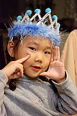 幼兒孩童-kids-小朋友:0781女孩_快樂_遊戲.jpg