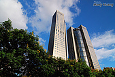 大樓‧建築‧住宅:DSC_1378大安區遠企購物中心-商業大樓.JPG