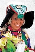 拉達克 列城及景點:ladakhi_girl.jpg