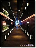 三燔本家日本料理-晶華酒店B3F:02-入口長廊.jpg