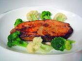 肉類料理:味噌烤鮭魚