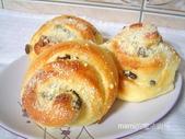 麵包の作品:乳香煉奶葡萄捲-1.JPG