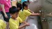 104一甲-洗手,綁垃圾袋,急救訓練我最厲害:DSC_0213.JPG