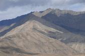 2014八月克什米爾拉達克之旅_拉達克篇02:20140816_012_列城(Leh)往利奇(Likir)路上的山巒風光.jpg