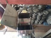連續分級機,渦輪篩分機,篩選機,分別機,TURBO-SCREENER:渦輪篩分機,一種高效,連續,高精度篩分粉狀原料的分級裝置,它比振動篩更安靜,更容易分解和清潔,TS-125x200型,馬力1HP