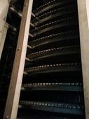 IQF急速冷凍設備:IQF急速冷凍設備 冷凍機內部 網帶 寬600mm 直徑2.8 M 總高13層