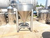 白鐵桶,粉粒桶,儲料桶,尖底槽:白鐵食品尖底槽,容量100L,日本進明治乳業