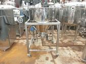 白鐵桶,粉粒桶,儲料桶,尖底槽:白鐵食品尖底槽,容量250L