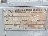 振動篩選機,振動機,篩選器,濕篩過濾機,強製式刷刮篩分機:白鐵振動篩選機,寬90公分 長199公分,2層網,馬力2HP