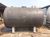 白鐵桶,不鏽鋼貯槽,接收槽,凝集槽,真空桶,耐酸鹼桶,壓力桶:白鐵熱水桶,容量15噸