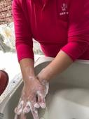 濕搓沖捧擦-做好防疫戰勝病毒:圖二-2211-媽媽經照片_200211_0013.jpg