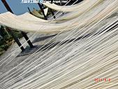 石碇傳統手工麵線相片集,讓您認識手工麵線,認識傳統手工:2010-4-2-曬手工麵線 (4).JPG
