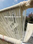石碇傳統手工麵線相片集,讓您認識手工麵線,認識傳統手工:2010-4-2-曬手工麵線 (11).JPG