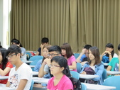 103新生始業式(大學部+碩專班):IMG_0398.JPG
