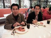 100年專兼任教師聯誼餐會:1393922044.jpg
