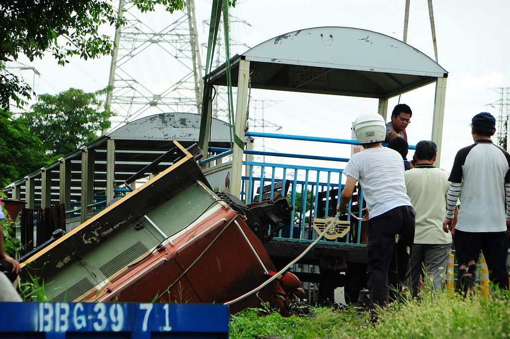 溪湖糖廠829號翻車事故:DSC_0094.JPG