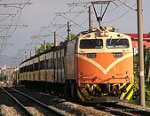 蝌蚪的火車世界:E222