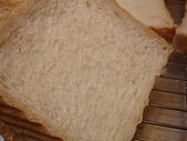 西點烘焙:2007.10.09 摩奇鮮奶土司切面