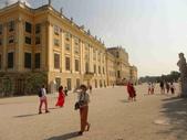 維也納熊布朗宮-瑪麗亞·特蕾西亞廣場-英雄廣場-新王宮1080827:1080827維也納023-熊布朗宮.jpg