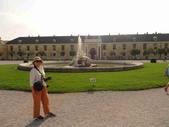 維也納熊布朗宮-瑪麗亞·特蕾西亞廣場-英雄廣場-新王宮1080827:1080827維也納007-熊布朗宮.jpg