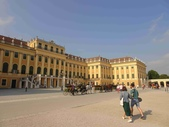 維也納熊布朗宮-瑪麗亞·特蕾西亞廣場-英雄廣場-新王宮1080827:1080827維也納008-熊布朗宮.jpg