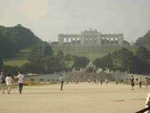 維也納熊布朗宮-瑪麗亞·特蕾西亞廣場-英雄廣場-新王宮1080827:1080827維也納009-熊布朗宮.jpg