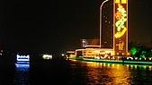 珠江夜遊:廣州白天鵝酒店