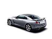 2008NissanGT-R:2008-Nissan-GT-R-Studio-Rear-And-Side-1280x960