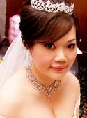 yvonne新娘~彥利於環球國際宴會廳婚宴造型紀錄:1898213505.jpg