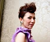 yvonne新娘~玠文於中崙華漾飯店婚宴造型紀錄:1626682161.jpg