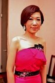 yvonne新娘~佳瑩於新莊新榕園婚宴造型紀錄:1764755356.jpg